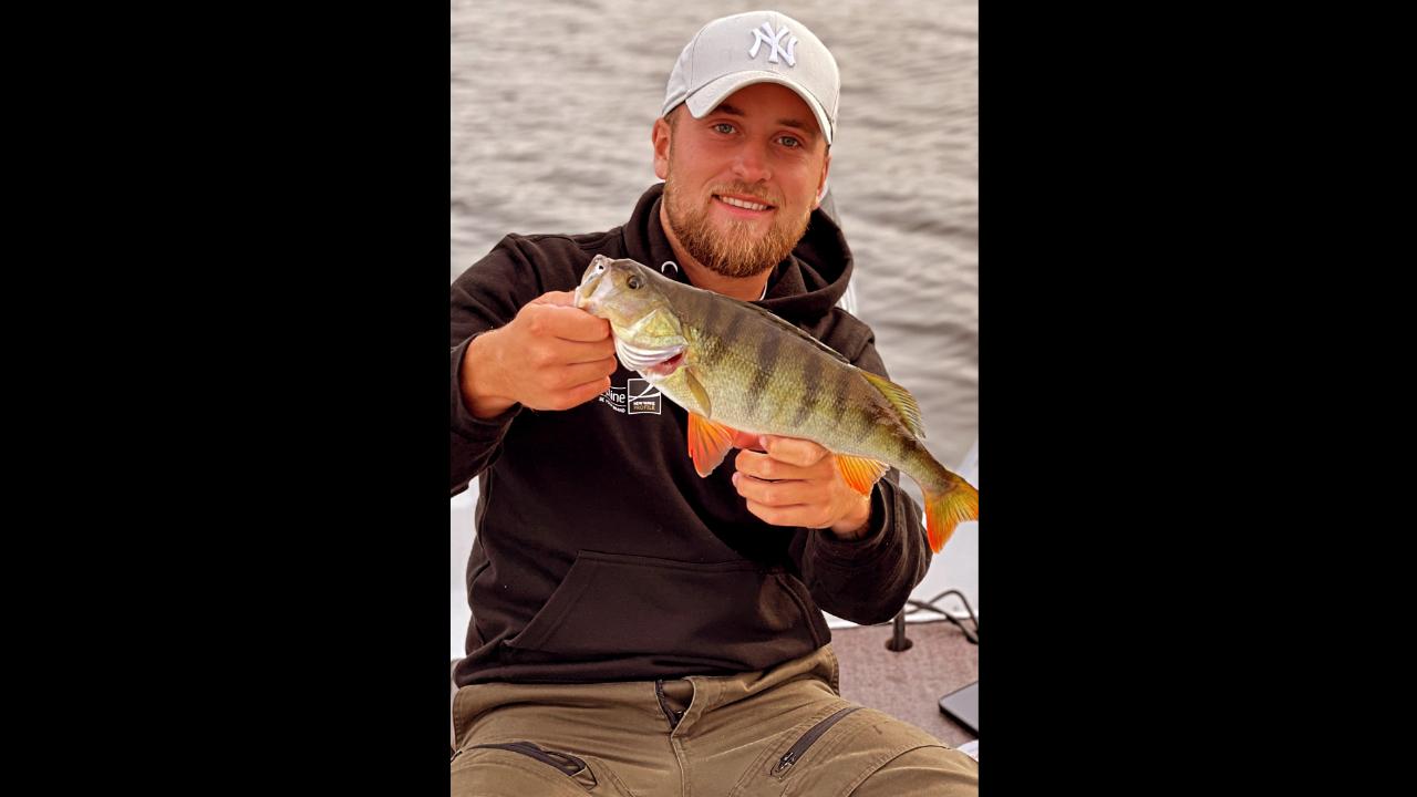 Fiske efter stor abborre ! on DVR 2021-08-06 19:22:21
