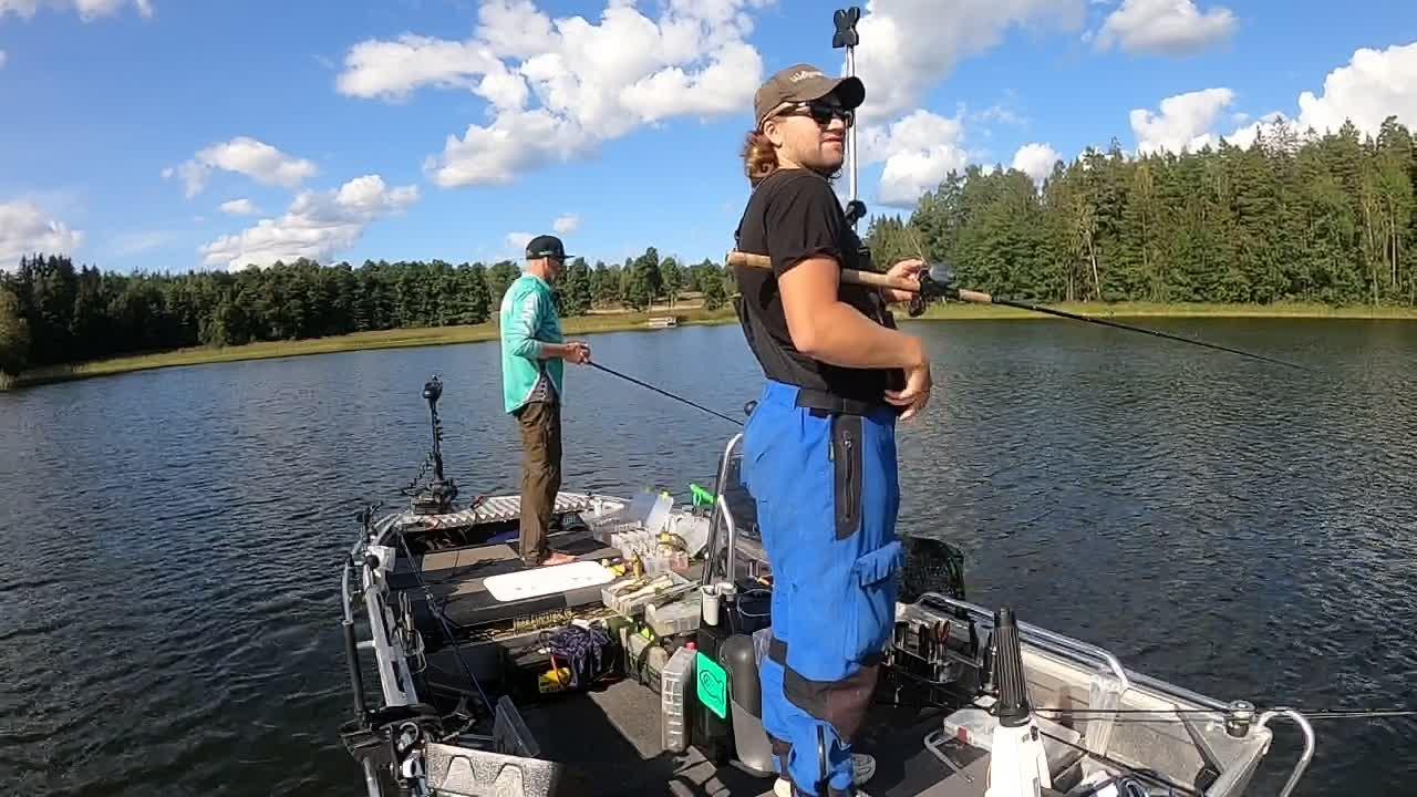 Fishing with King jjjesppperrr on DVR 2021-08-22 15:48:36