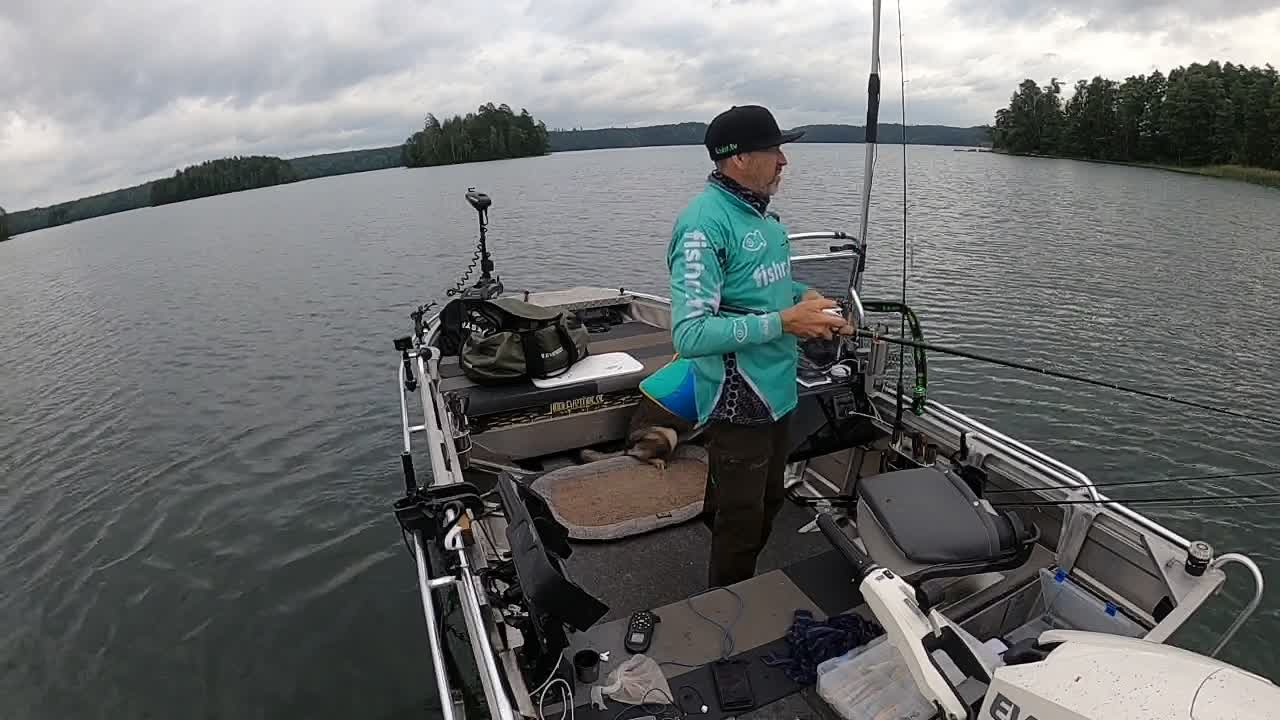 Fishing with Niko on DVR 2021-08-29 14:06:19